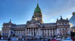 SOCIEDADES EXIGENTES, POLITICOS TRANSPARENTES